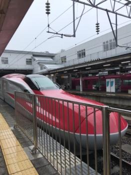 秋田新幹線E6系